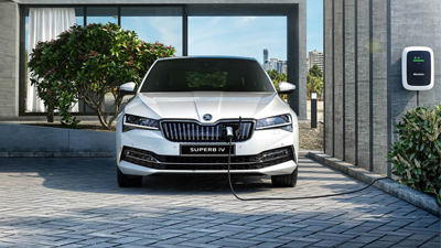 Skoda Superb IV Door Image